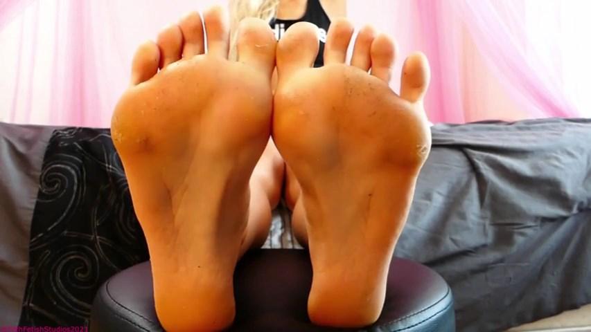 Blonde Brat Foot Stink POV - Princess Brooke - FILTH FETISH STUDIOS - SD/480p/MP4