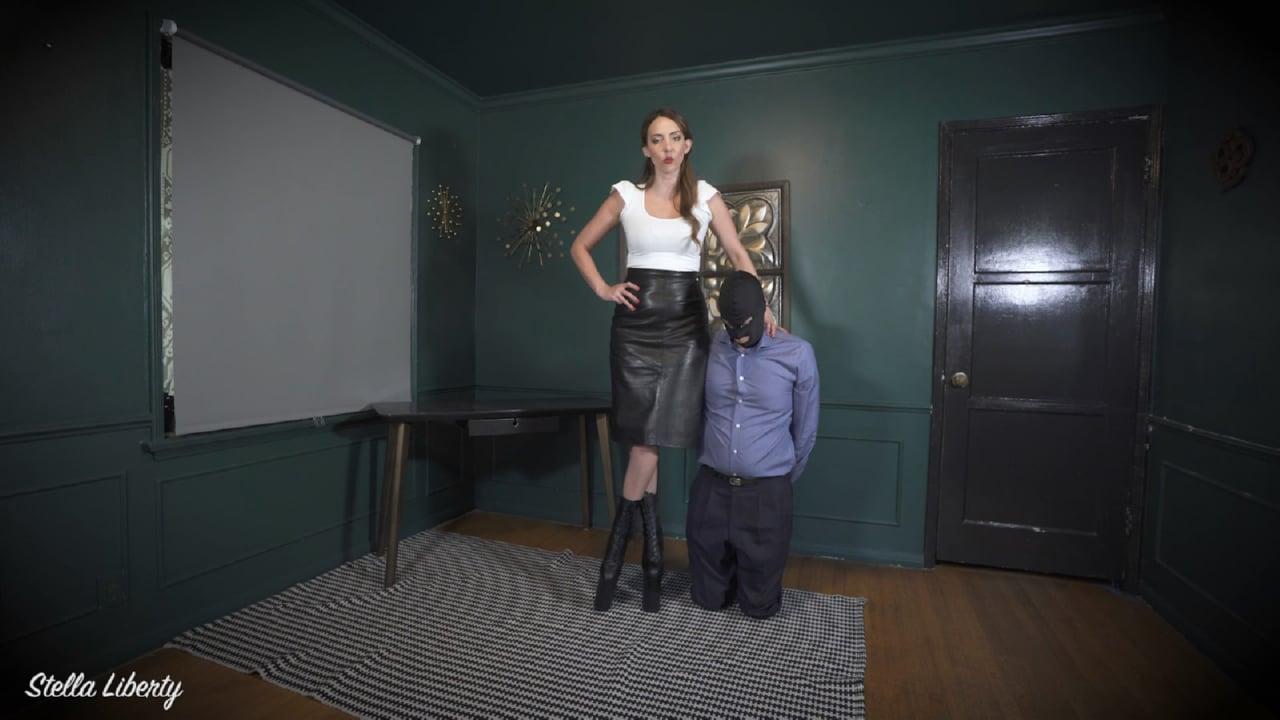 Mistress Stella Liberty In Scene: Taller Than Everyone - STELLALIBERTYVIDEOS - FULL HD/1080p/MP4