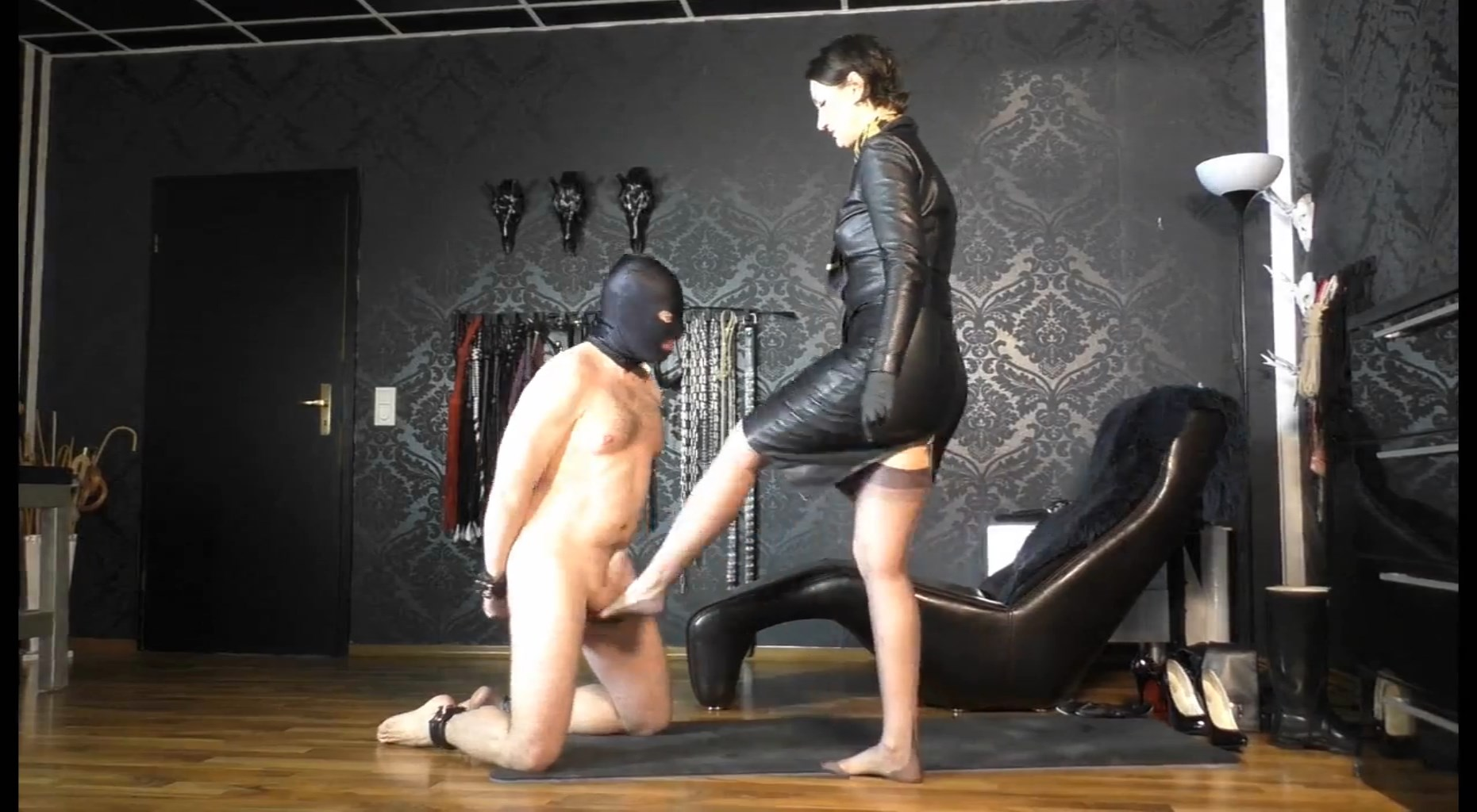 Training To My Ballbusting Slave: His 1st Training - LADY VICTORIA VALENTE - HD/1024p/MP4