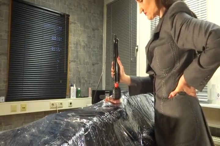 Vibrator Forced Orgasm - The Rubber Slave Fritz Part 3 - LADY VICTORIA VALENTE - SD/480p/MP4