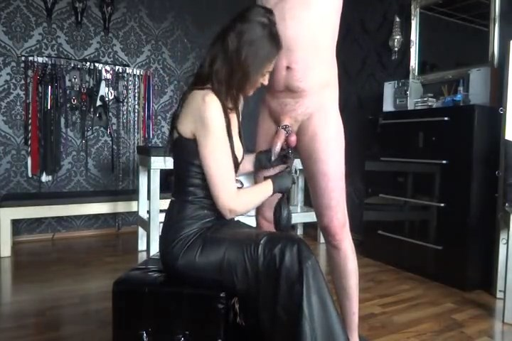 Hard Cbt Game With The Slave Made - LADY VICTORIA VALENTE - SD/480p/MP4