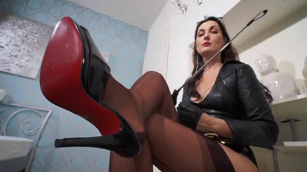 Fullyfashioned Stockings Over Pantyhose And High Heels Fetish Clip - Part 2 - LADY VICTORIA VALENTE - HD/720p/MP4