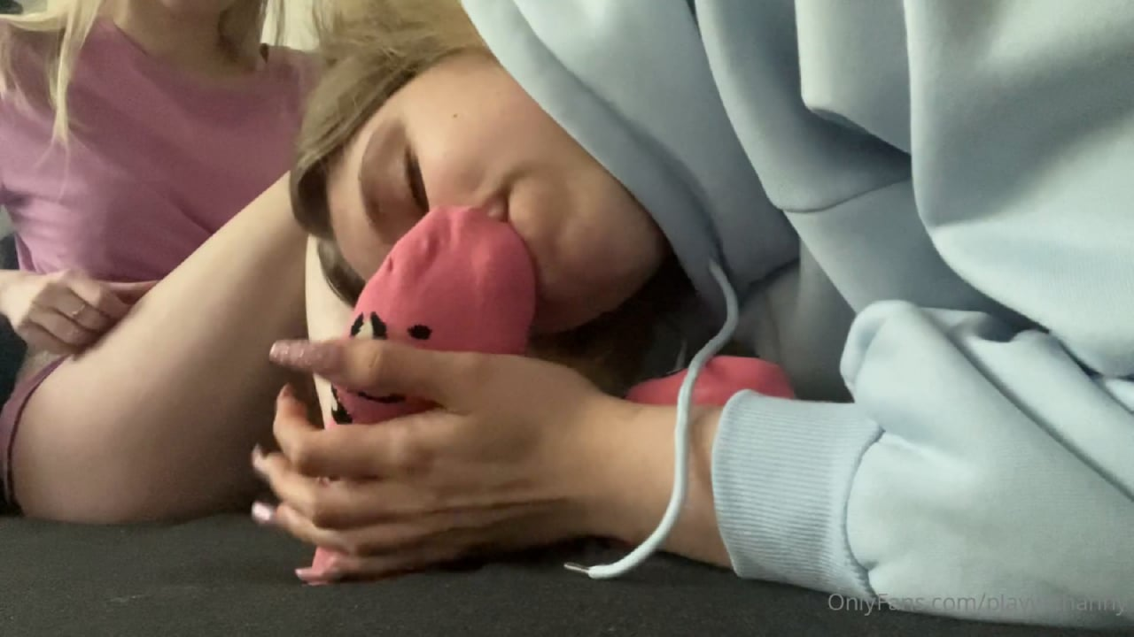 Goddess Anny In Scene: My Feet Are Very Smelly From The Moisture And Began To Smell Just Disgusting - PLAY WITH ANNY - FULL HD/1080p/MP4