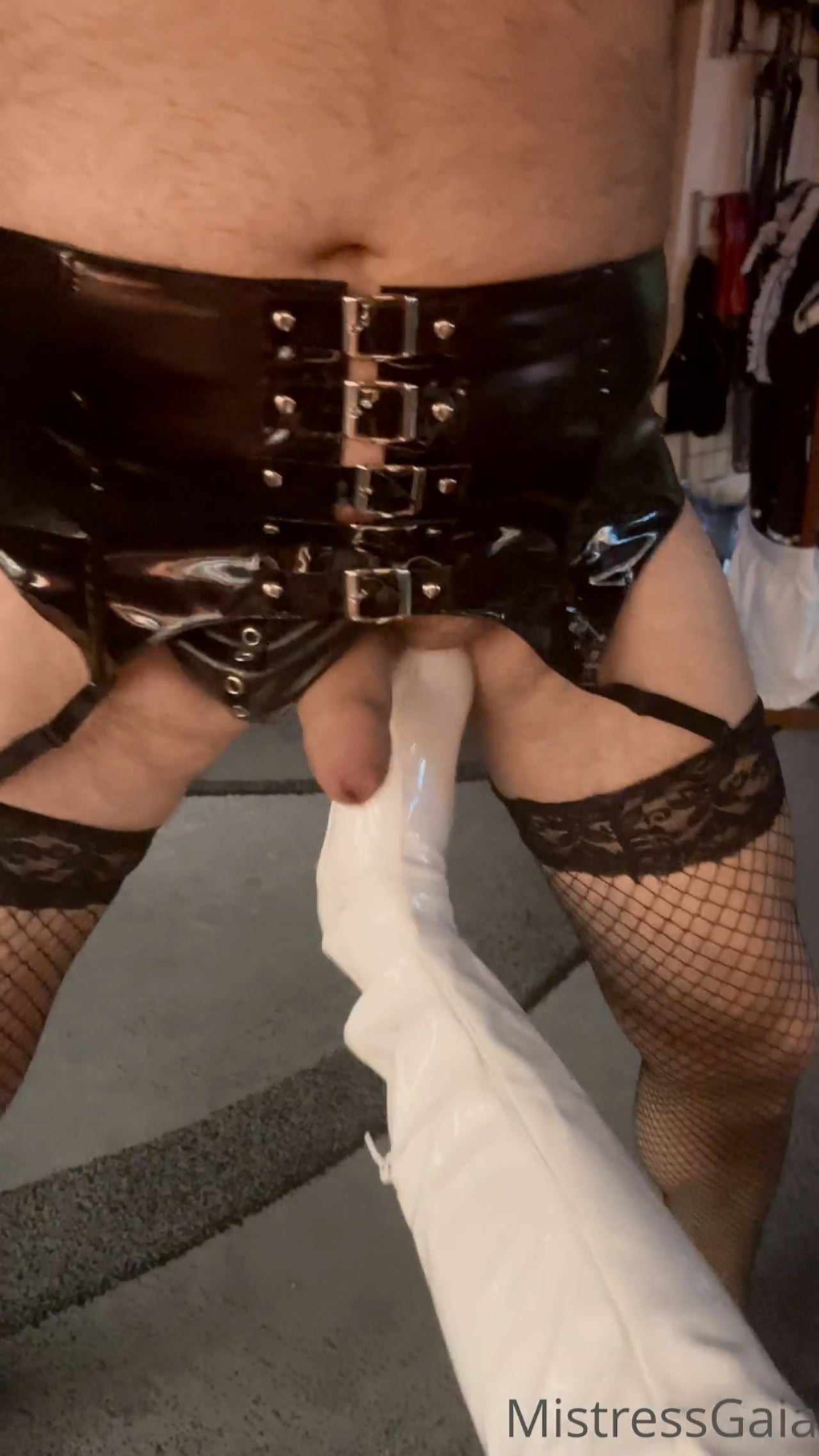 Gaia Padrona In Scene: All Ready To Give Me The Balls - MISTRESS GAIA - FULL HD/1920p/MP4